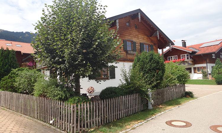 Ferienwohnungen Landhaus Paradies in Bolsterlang